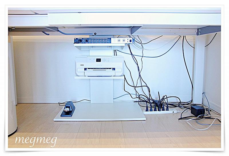 ワイヤーネットでケーブル整理