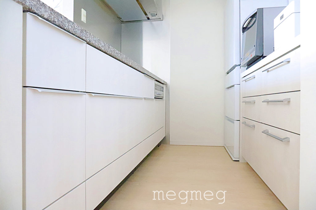 キッチンの色を変える