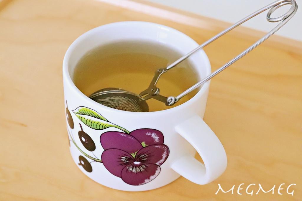 マグカップに紅茶